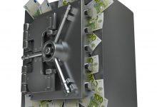 Photo of المغاربة يسحبون أموالهم من الابناك خوفا من  الحجز و الاقتطاعات الضريبية