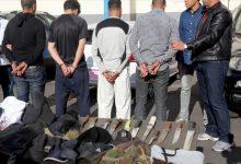 Photo of عتاة المجرمين يتباهون بالأسلحة و سلطات أمن فاس تلاحقهم عبر الصفحات الفايسبوكية