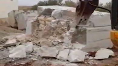 Photo of الأجهزة الأمنية تنقب عن الحشيش و تستخرجه من أحجار الرخام