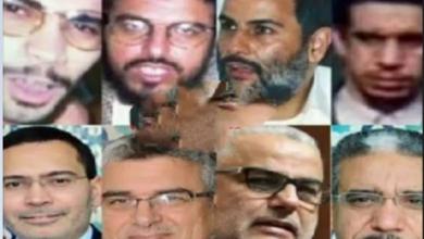 Photo of حزب العدالة و التنمية بين النفاق السياسي و الانحناء لعواصف الفضائح