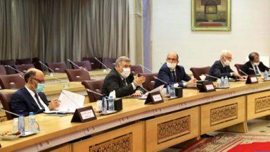 Photo of وزير الداخلية يعقد إجتماعا رؤساء الاحزاب للتحضير للانتخابات المقبلة