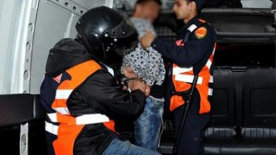 Photo of إعتقال متزوج و عشيقته حاول قتل زوجته و طفليه و الاقدام على إضرام النار فيهما