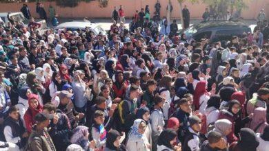 Photo of تلاميذ يحتجون في مسيرات تضامنية مع اساتذتهم