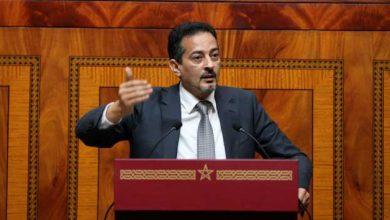 Photo of البرلماني المهاجري يفجر حقيقة الصراع حول المناصب و ليس على مصلحة المغاربة