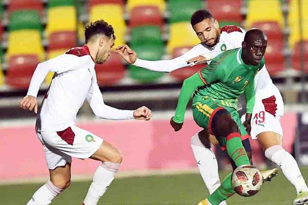 Photo of المغرب يضمن التأهل لنهائي كأس افريقيا و يقدم اداء باهت امام موريتانيا