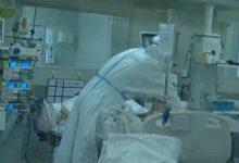 Photo of أطباء المستشفى الغساني يواجهون فيروس كورونا سيدة مصابة و المولود متعافي من كوفيد-19