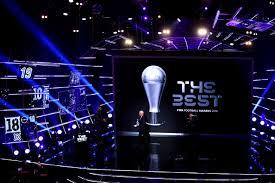 Photo of جوائز الفيفا لاحسن لاعبين تنحصر بين ثلاث عمالقة