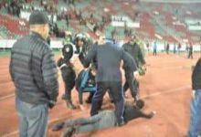 Photo of مبارة محلية في كرة القدم تنتهي باعمال الشغب و طعن لاعب